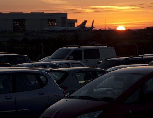parkolás Liszt Ferenc repülőtér
